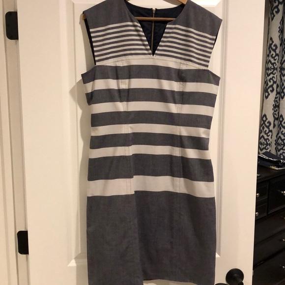 Tommy Hilfiger Dresses & Skirts - Tommy Hilfiger Knee-length Sheath Dress